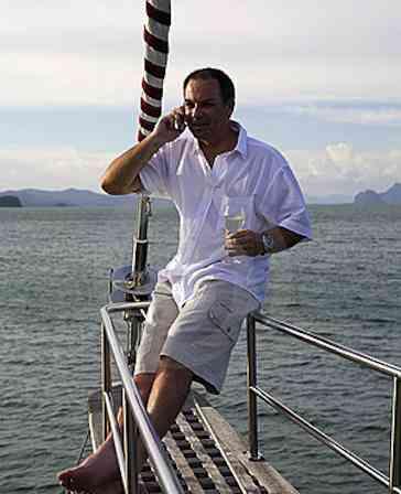 boat living, rv living, mobile living, satellite phone