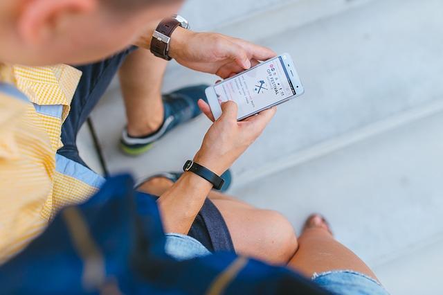Digital Detox, phone, smartphone, social media, internet, camp, off-grid, technology